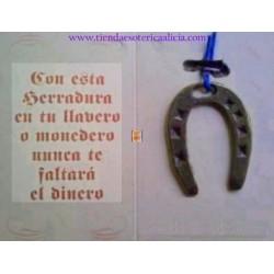 Amuleto herradura de la suerte